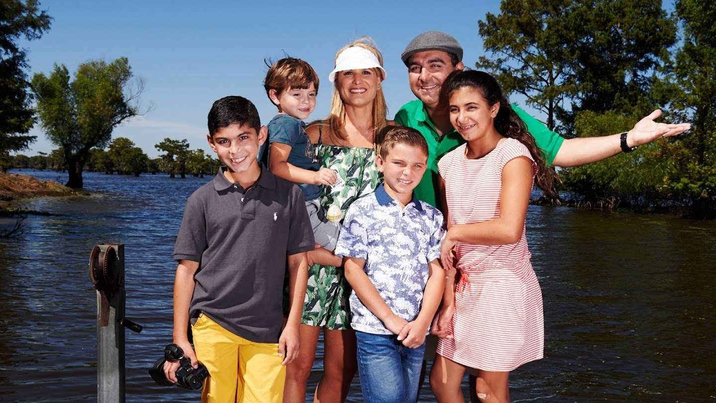 Watch Buddy's Family Vacation live
