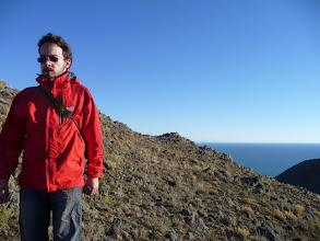 Photo: Derrière moi, un lac assez grand pour y mettre la Belgique