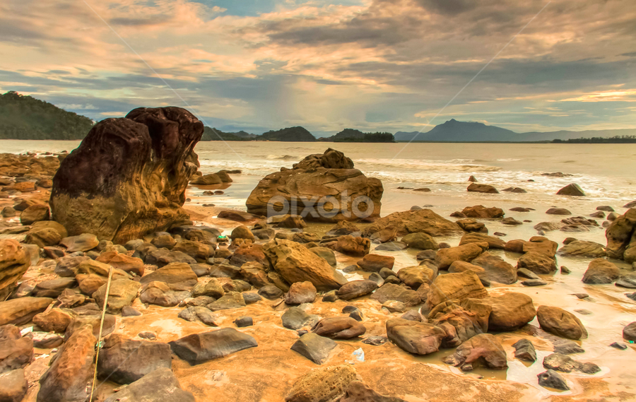 Natural rock garden by Victor Sim - Landscapes Beaches ( clouds, sky, waves, seaside, beach, rocks )