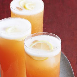 Sparkling Peach Tea