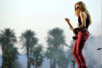 Photo: INDIO, CA - APRIL 29:  Sheryl Crow performs at the 2012 Stagecoach Country Music Festival - Indio, CA - Day 3 on April 29, 2012 in Indio, California.  (Photo by Jerod Harris/WireImage)