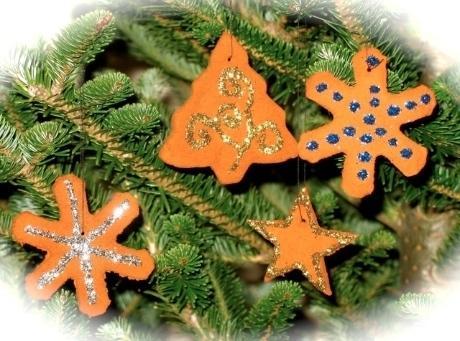 Hang on your Christmas tree