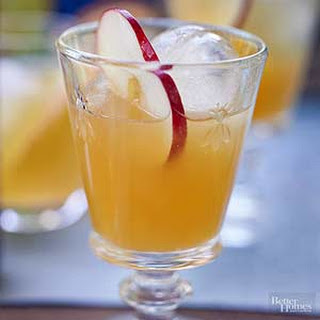 Apple Cider Cocktail.