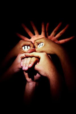 Sono mani? di i3a.raw