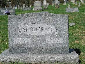 Photo: Snodgrass, Willie C. and Mary G.