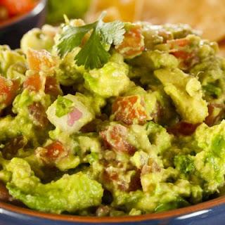Simple and Fresh Guacamole Recipe