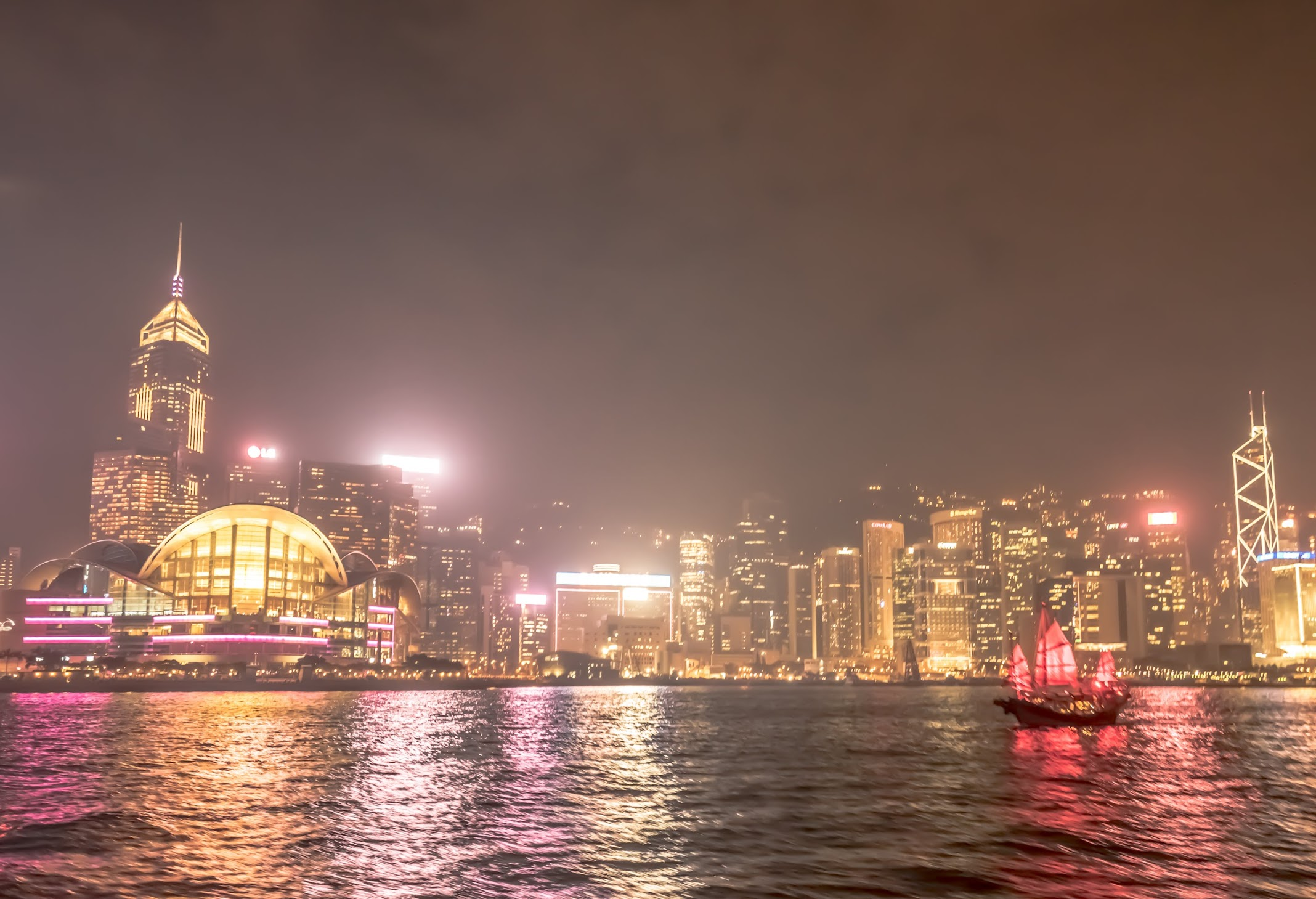 Hong Kong Star Ferry night view2