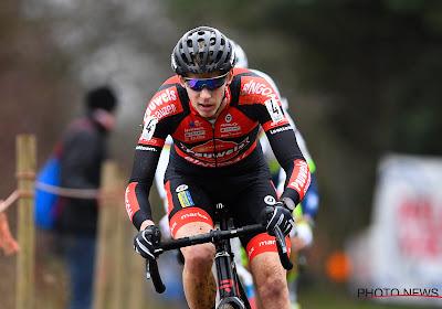 Vanthourenhout de beste in Tabor, Van Aert wordt opnieuw derde