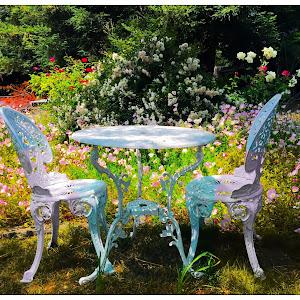 patio table .jpg
