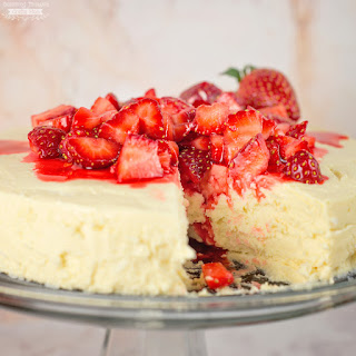 Low Carb / Sugar-free Crustless Cheesecake (in the pressure cooker!).