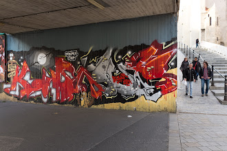Photo: Cool grafitti.