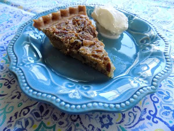 Cafe South's Pecan Pie Recipe