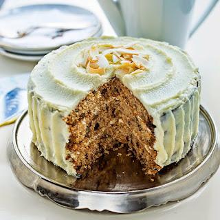 Sugar-free Spelt Carrot Cake.