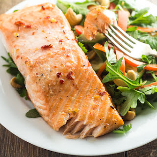 Thai Salmon with Arugula Salad
