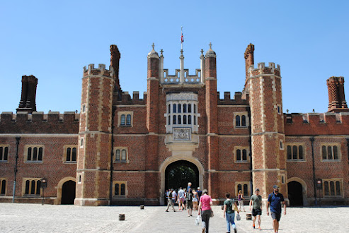 My Photos: England -- Surrey -- Hampton Court Palace & Gardens