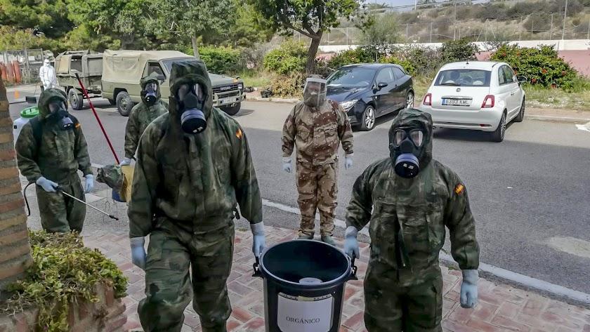 El Grupo de Artillería en una residencia de Níjar