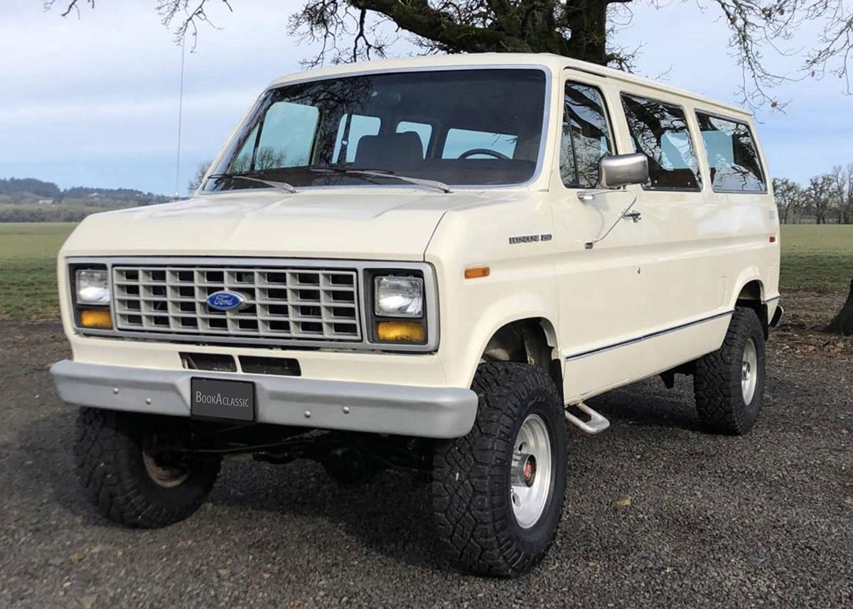 Ford Ford Econoline 4x4 Quadravan Hire Los Angeles