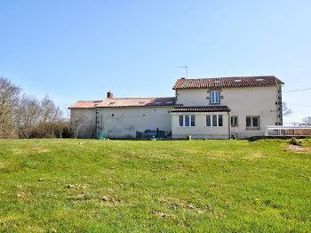maison à Largeasse (79)