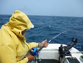 Photo: オガワさん!今日一番の魚とファイト中!