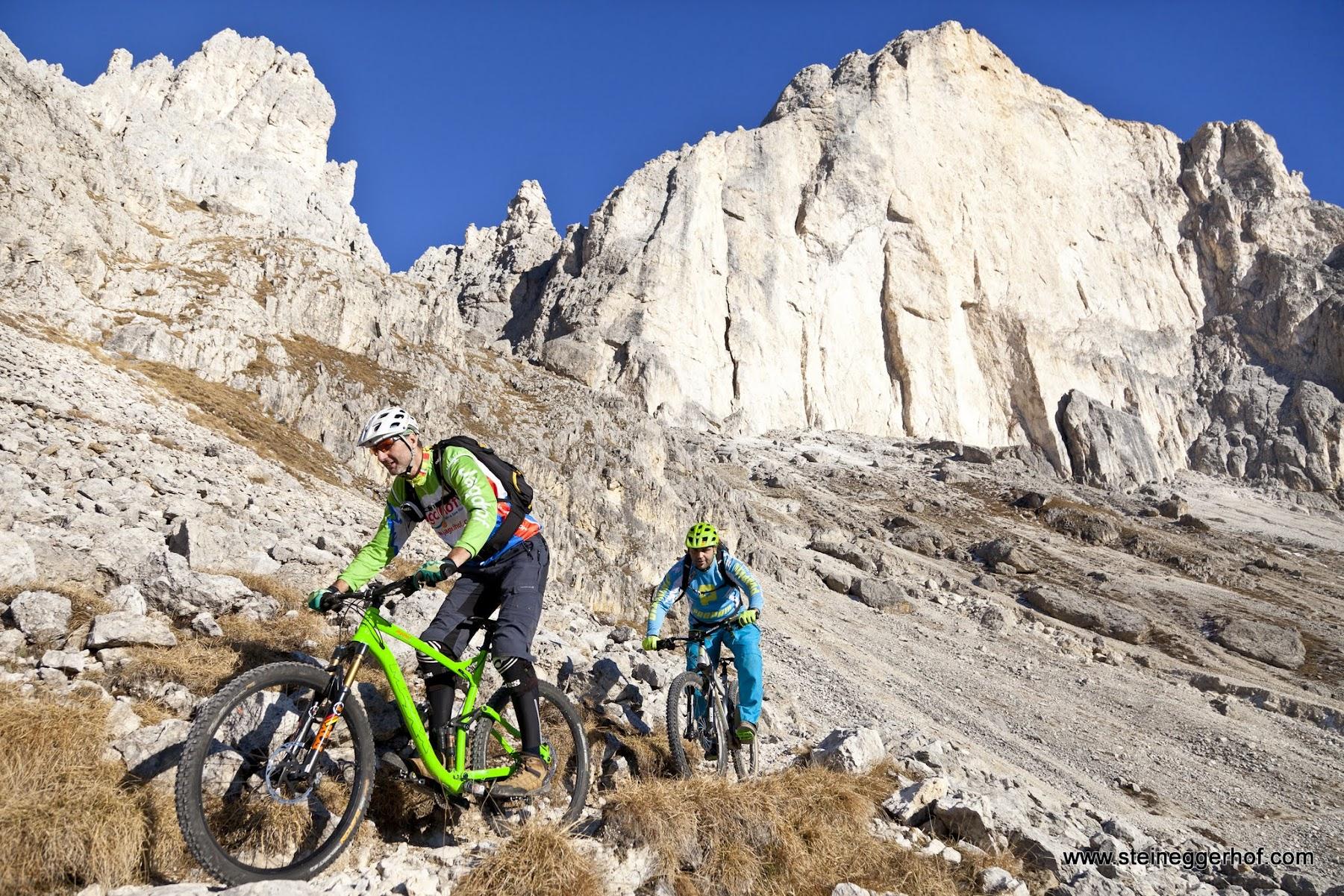 Mountainbike Tour am Rosengarten Südtirol Dolomiten