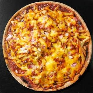 Easy Bbq Chicken Pizza.
