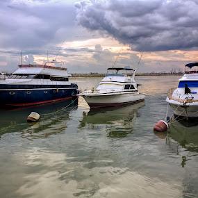 by Ohmz Pineda - Transportation Boats (  )