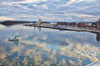Photo: Day 116 / April 25, 2012 A Fjord View from the roof of Oslo Opera House  オペラハウスの屋根の上から眺めるオスロフィヨルド #creative366project