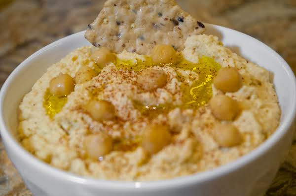 Dip Essentials: Totally Awesome Hummus Recipe