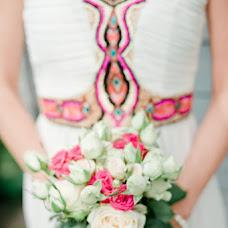 Wedding photographer Arina Romanova (richy). Photo of 09.08.2013