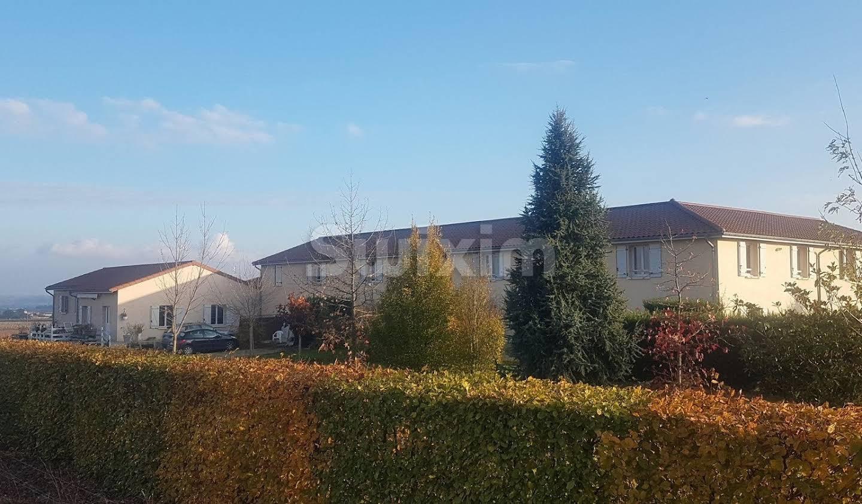 Propriété Corcelles-en-Beaujolais