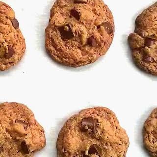 Oat Flour Chocolate Chip Cookie Recipe (Vegan & Gluten-Free).
