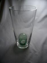 Photo: Dartington sam sweet vase