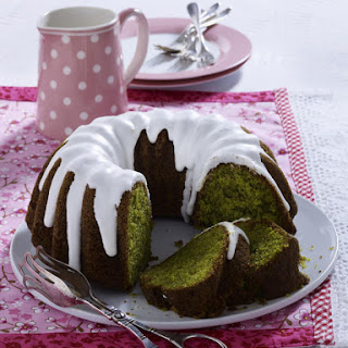 Lemon and Spinach Cake.