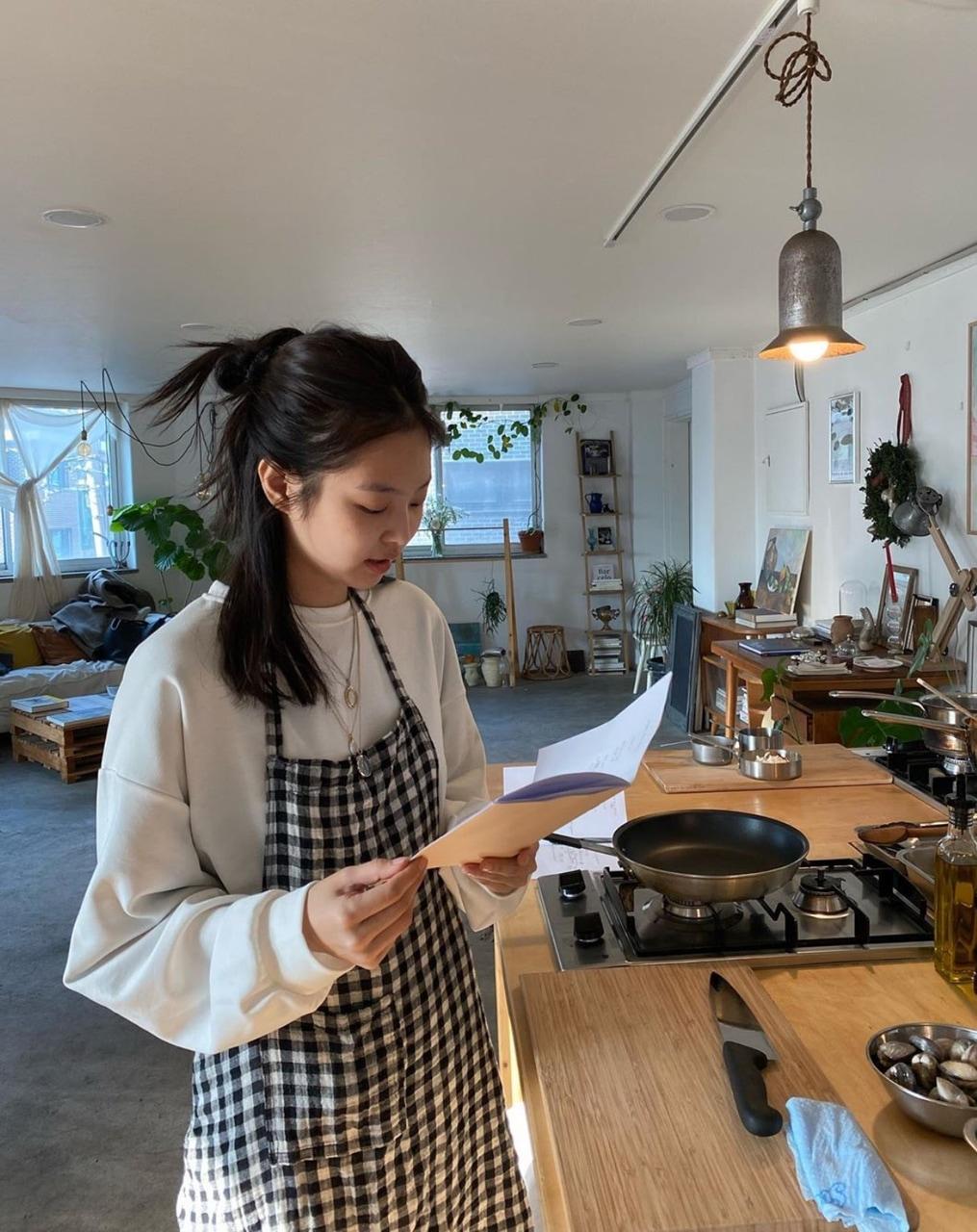 jennie cooking