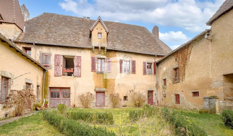 Château Champagnac-la-Rivière