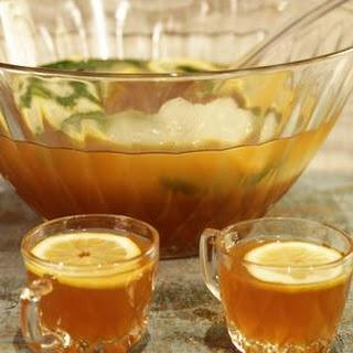 Bourbon Iced Tea Lemonade Punch.