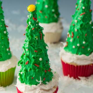 Vegan Christmas Tree Cupcakes