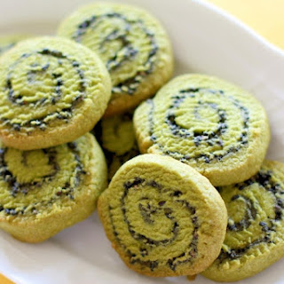 Japanese Style Matcha and Black Sesame Swirl Cookies