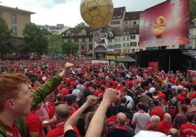 VIDEO: les fans de Liverpool font chauffer Bâle à leur manière