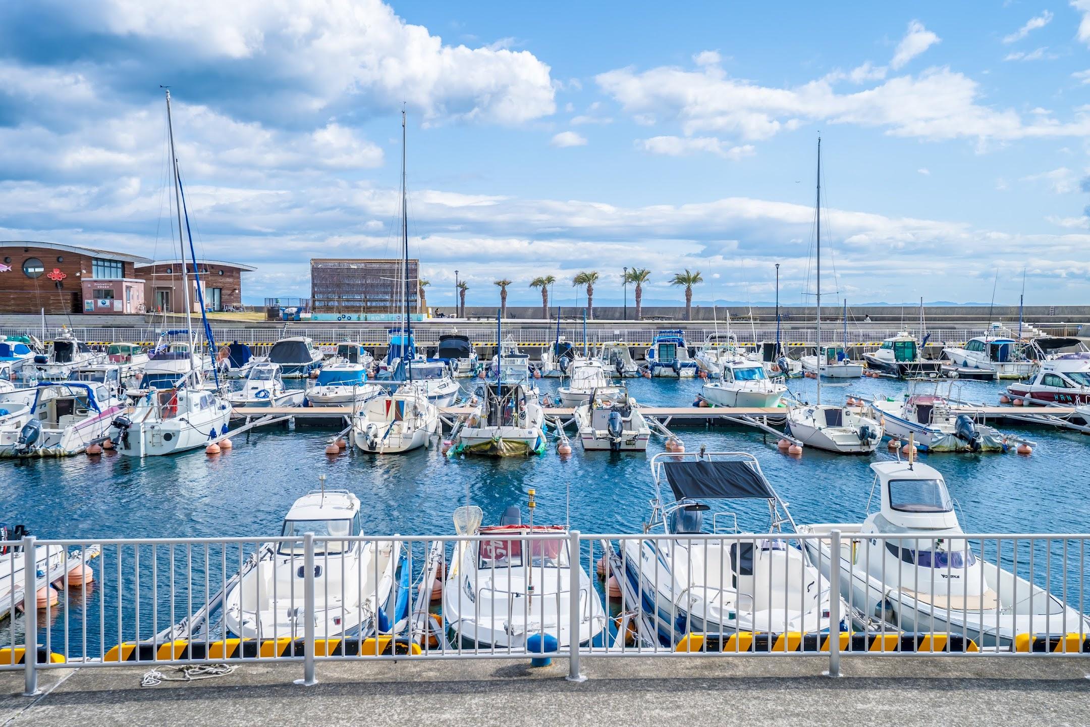 Kobe yacht harbor2