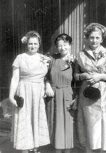 Photo: Anna Braunhart Tulman, Hedwig Braunhart and Frieda Braunhart Brunn
