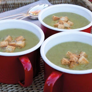 Annabel Langbein's Rib-Sticking Split Pea and Ham Soup.