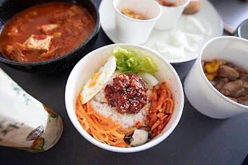 料韓男 韓國熟成烤五花肉 明耀店