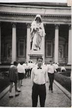 Photo: Julio de 1967. Viaje de la Escolanía a Roma. José Mª Cortés , detrás Espinosa.