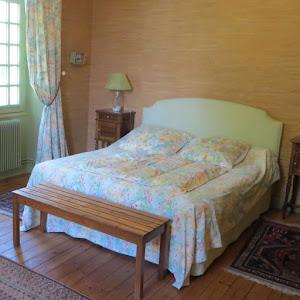 la-suite-familiale-de-charme-4-epis-du-clos-de-la-garenne-17700-tilleul-et-belle-epoque-pour-trois-a-cinq-personnes-avec-lit-160-et-lits-90