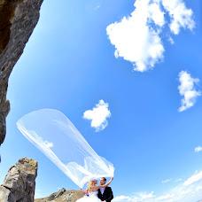 Wedding photographer Razvan Ghindaoanu (ghindaoanu). Photo of 22.02.2014