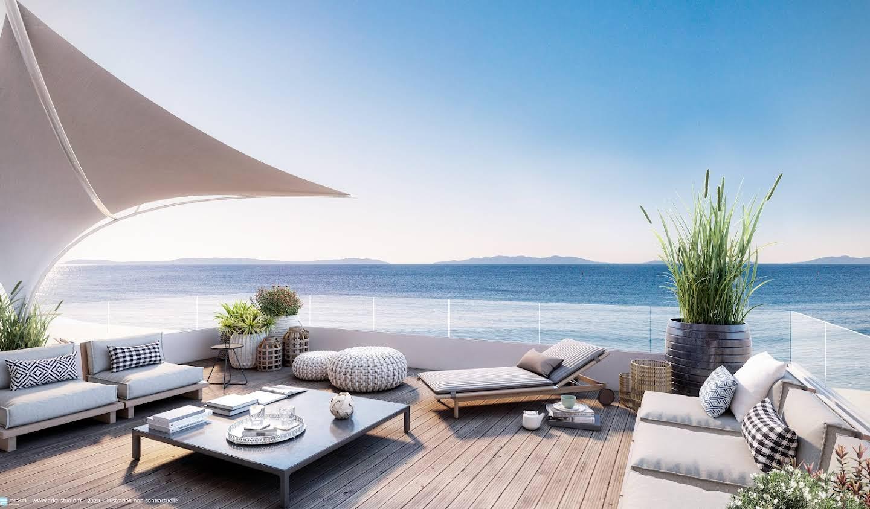 Appartement avec terrasse en bord de mer Le Lavandou