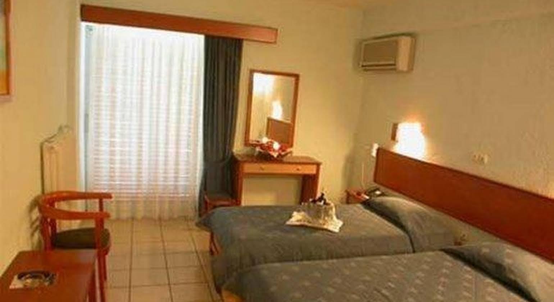 Pappas Hotel