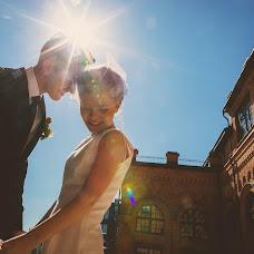 Wedding photographer Anton Eroshin (antoneroshin). Photo of 28.04.2014