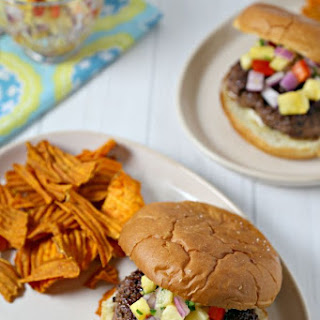 Kona Coffee Crusted Burger With Spicy Pineapple Relish